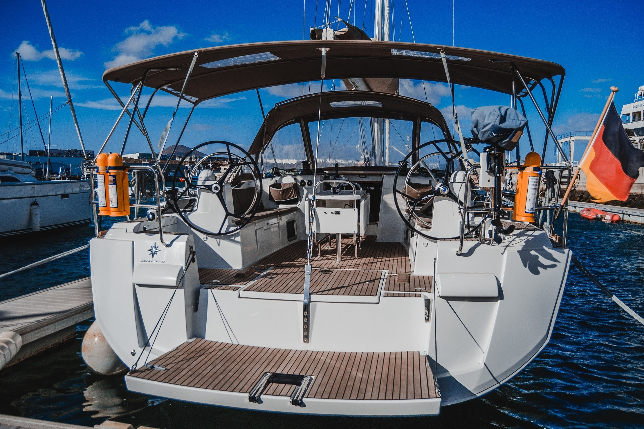 Jeanneau Sun Odyssey 519 La Flaca at Marina Lanzarote